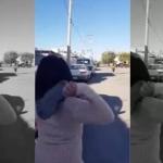 """Mamá lanza la """"chancla voladora"""" y se hace viral"""