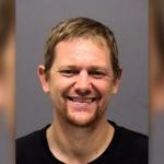 Con un hacha mató a cuatro miembros de su familia en Oregon, EE.UU