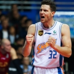 Regresa Jimmer a NBA tras firmar con Suns