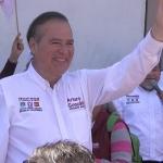 Arturo González no quiere confiarse por encuestas