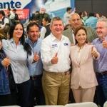 Maestros de Baja California respaldan a Oscar Vega Marín para gobernador