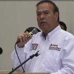Arturo González propone desarrollo económico incluyente