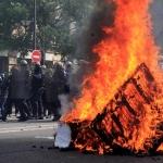 Hay fuertes disturbios en Francia durante marcha de Día del Trabajo