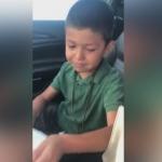 Le hace broma mamá a hijo y su reacción enternecedora se hace viral
