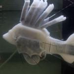 """Crean pez robótico que puede nadar con """"sangre"""" sintética"""