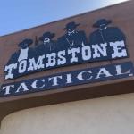 "Armería en Arizona desata polémica por promoción de ""regreso a clases"""