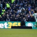 Diego Lainez debuta en triunfo del Real Betis