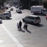 ¿Sabías los peatones también reciben multas de tránsito?
