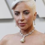 Lady Gaga usó la joya más cara en la historia de los Oscar