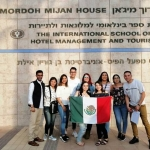 Estudiantes mexicanos detenidos e incomunicados en Israel