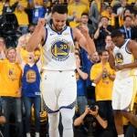 Stephen Curry el rey de tiros triples en playoffs