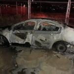 Se incendia auto con tres cuerpos en Tijuana