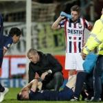 Hirving Lozano sale lesionado en la victoria del PSV