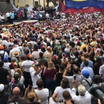 "Convoca Guaidó a la ""marcha más grande de la historia"""