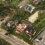 Tornado en Missouri deja 3 muertos y varios heridos