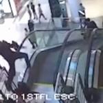 Muere niño tras caer de escaleras eléctricas en India