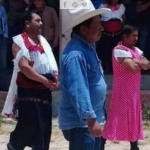 Residentes de Huixtán visten a alcalde de mujer por incumplir promesas