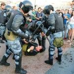 Arrestan a más de mil personas en Moscú por manifestaciones contra Vladimir Putin