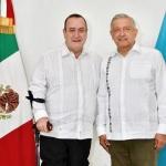 López Obrador se reúne con presidente electo de Guatemala