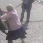 Se enfrenta abuelita de 81 años a ladrona y se hace viral
