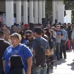 Toman burócratas centros de gobierno por crisis de ISSSTECALI