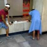 Escapan hombres ensangrentados de hospital en CDMX