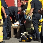 Bomberos reaniman a menor que había caído a una tina con agua